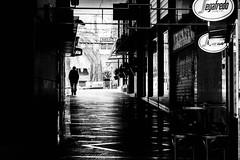 Segafredo (moltofredo) Tags: bw black white sw schwarz weiss noiretblanc monochrome street streetlife streetphotography silhouette human urban perspektive perspective