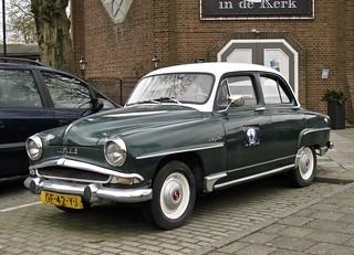 1956 SIMCA 90A Aronde 1300 Elysée Berline