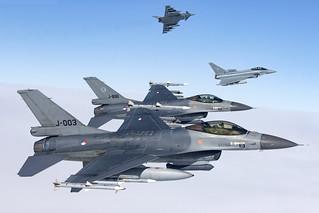 J-003_F-16AMFightingFalcon_NetherlandsAirForce_A2A_Img03 [Explored]