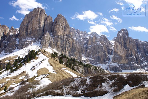 """Passo Gardena • <a style=""""font-size:0.8em;"""" href=""""http://www.flickr.com/photos/104879414@N07/34030184760/"""" target=""""_blank"""">View on Flickr</a>"""