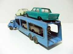 CAR TRANSPORTER A-2 - MATCHBOX (RMJ68) Tags: bedford s type articulated truck car transporter matchbox lesney moko accessory pack 2 a2 diecast coches cars juguete toy trailer camion metal ford corsair zephyr cortina