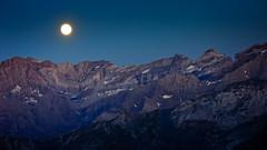 Monte Perdido (Carpetovetón) Tags: luna lunallena largaexposición monteperdido nocturna noche montaña paisaje pirineos landscape bayselance refugebaysselance sonyv3 moon fullmoon baysselance