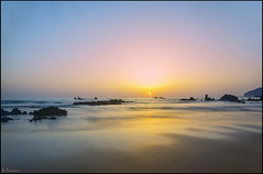 Reflejos del amanecer. (antoniocamero21) Tags: rocas color foto sony amanecer reflejos paisaje marina noja cantabria
