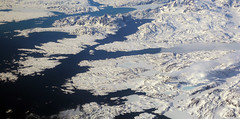 2017_05_09_muc-sfo_322 (dsearls) Tags: windowshot 20170509 flying aviation windowseat aerial white brown blue greenland vestgrønland ice glaciers rock bare desolate