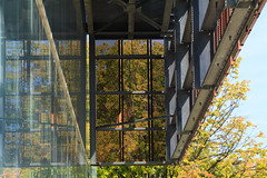 columbus - misc buildings fall 2016 20 (Doctor Casino) Tags: osueastregionalchilledwaterplant leersweinzapfelarchitects gbbn 2014 theohiostateuniversity chiller utility mechanical building architecture architect campus cantilevered screen perforated pattern surface autumn leaves trees curtainwall
