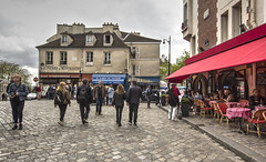 PARIGI. MONTMARTRE (FRANCO600D) Tags: parigi paris montmartre città francia france quartiere collina fascino villelumiere capitale centrocittà centrostorico butte strada street canon eos600d sigma franco600d