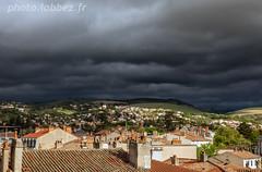 Millau (louis.labbez) Tags: millau labbez campagne country paysage toit ville nuage gris grey cloud lignt causses pré coline perspective midipyrénées france