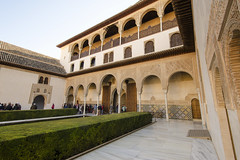 Patio de Arrayanes of Alhambra (rschnaible) Tags: alhamdra granada spain espana sightseeing tour tourist nasrid palaces building architecture old history historic patio de arrayanes