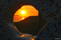 En el sin fin: el sol (Gaby Fil Φ) Tags: parquedelamormiraflores miraflores miraflorino lima maleconesdemiraflores sunset puestadesol atardecer ocasos oceánopacífico perú capitalesdesudamérica capitalesdelmundo capitaleslatinoamericanas