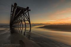 THE GAP (lynneberry57) Tags: coast seascape landscape tide sunrise colours clouds sky canon 70d leefilters nature light sand reflections structure steetleypier hartlepool uk