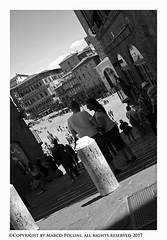 A moment in the square (Pollini Photo Laboratory) Tags: marcopollini polliniphotolabcom leica leicam8 summarit 35mm monocrome blackwhite bianconero siena italy streetphotography fotografiaurbana