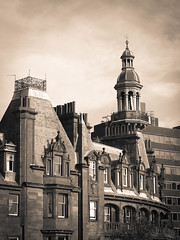 timeless corner (131/365) (werewegian) Tags: charing cross mansions glasgow tinted werewegian may17 365the2017edition 3652017 day131 11may17