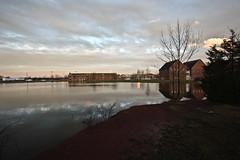 Gettysburg College (gcarmilla) Tags: gettysburg pond sunset clouds laghetto tramonto inverno winter