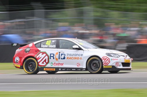 Aron Taylor-Smith in BTCC action at Oulton Park, May 2017