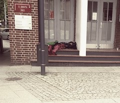 PART ONE --- at the bottom! (From The Streets Of Hamburg) Tags: fromthestreetsofhamburg stgeorg penner obdachlos homeless streetsleeping schlafenaufderstrasse