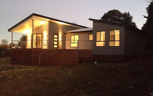 98 Wullamulla Street, Glen Innes NSW