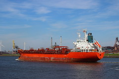 chemical voyager 2 (Thai Kwan Do) Tags: varen noordzee locks haven noordzeekanaal water amsterdam canal ship boot harbor ijmuiden sluizen views nederland view dutch holland netherlands tanker bulker bulkers vessel cargo boat vehicle outdoor ferry eos sigma waterfront tugboat tug reefer 35mm manualfocus pallasmagenta canon1018 bay river landscape watercourse road northsea sea