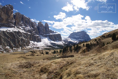 """Passo Gardena • <a style=""""font-size:0.8em;"""" href=""""http://www.flickr.com/photos/104879414@N07/33573151524/"""" target=""""_blank"""">View on Flickr</a>"""