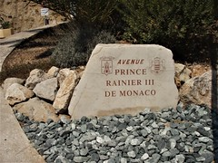Avenue Prince Rainier III - Around the Principality of Monaco, Côte-d'Azur, France (3D-Stretch) Tags: prince rainier iii avenue cap dail ail beausoleil moyenne middle corniche principatu principauté principality monaco paca provencealpescôtedazur alpes côte cote dazur azur alpesmaritimes maritimes 06 french riviera française francaise ue eu france europe europa
