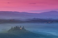 A9905145_s (AndiP66) Tags: villabelvedere villa belvedere sonnenaufgang sunrise nebel dunst fog mist sonne sun morgen morning april spring frühling 2017 siena pienza sanquiricodorcia valledorcia valle dorcia toscana tuscany italien italy sony alpha sonyalpha 99markii 99ii 99m2 a99ii ilca99m2 slta99ii tamron tamronspaf70200mmf28dildif tamron70200mm 70200mm f28 amount andreaspeters