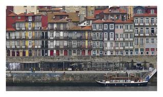 CAIS DA RIBEIRA  ( Oporto-Portugal )