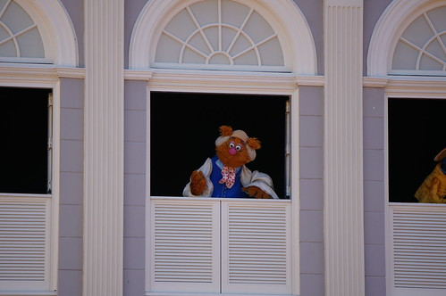 "Walt Disney World: Fozzie Bear • <a style=""font-size:0.8em;"" href=""http://www.flickr.com/photos/28558260@N04/33941281103/"" target=""_blank"">View on Flickr</a>"