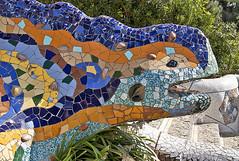 Parc Güell. Detalles. (svet.llum) Tags: gaudí parc parque parcgüell barcelona catalunya cataluña arquitectura escultura ciudad verano