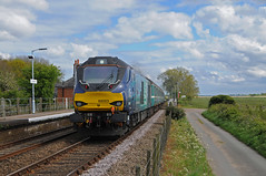 68003 - Buckenham 28/04/17 (James Welham) Tags: drs direct rail services short set mk2 mkii norwich 68003 68018 2j81 buckenham lowestoft