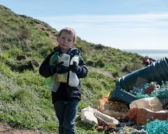 Isle of Wight Beach Clean at Compton Bay - DSCF2122 (s0ulsurfing) Tags: s0ulsurfing 2017 march isle wight beachclean pollution coast compton beach rubbish