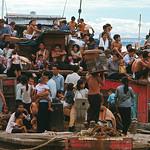 Vietnamese Leaving Cambodia, 1970 - Việt kiều Campuchia hồi hương, tránh nạn