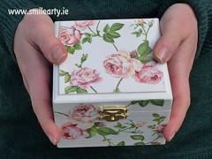 Romantic Roses Box (Smile Arty) Tags: gift present vintage handmade decoupage crafts arts diy romantic roses box