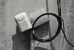 Techno (jcbkk1956) Tags: nikon nikkor d3300 18140mmf3556dx street bangkok thailand thonglo streetfurniture mono blackwhite wiring electrics technical minimalist
