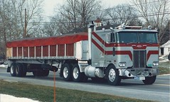 "Peterbilt coe, ""Lancer"" (PAcarhauler) Tags: pete peterbilt coe cabover semi truck trailer tractor"