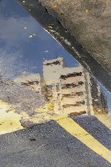 2017-04-28_08-29-47 (jumppoint5) Tags: reflection flat urban hdb building city