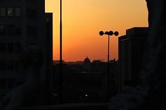 Atardecer en Bruselas (anvaliri) Tags: bruselas brussels bélgica belgium canon 1585 ciudad city europa europe street anochecer puestadesol atardecer