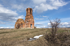 Spring landscape. (Oleg.A) Tags: ancient spring penzaregion russia church nature water outdoor rural evening villiage clouds abandoned ruined ruins old destroyed orthodox building architecture park cathedral landscape snow field catedral landscapes outdoors nikoloazyas penzenskayaoblast ru