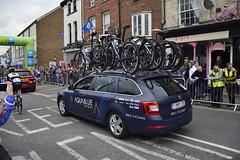 Tour De Yorkshire Stage 2 (643) (rs1979) Tags: tourdeyorkshire yorkshire cyclerace cycling teamcar teamcars tourdeyorkshire2017 tourdeyorkshire2017stage2 stage2 knaresborough harrogate nidderdale niddgorge northyorkshire highstreet