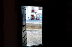 From the inside... (JOAO DE BARROS) Tags: barros joão people door street
