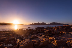 A lovely sunrise, one of my favorite times D75_6975.jpg (Mobile Lynn) Tags: bay rock hill beach sunrise coast landscape mountain landscapephotography outdoorphotography water colesbay tasmania australia au