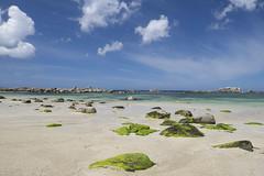 Partie respirer *--°-+°---° (Titole) Tags: kerlouan bretagne nicolefaton titole sea beach clouds rocks algues sand finistère 15challengeswinner challengegamewinner thumbsup