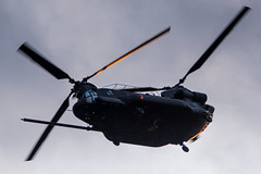 ARMY COPTER 03738 (Kaiserjp) Tags: 0403738 160thsoar armycopter03738 ch47 ftlewis grayaaf jblm mh47 mh47g usarmy military helicopter blackops specialops chinook