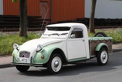 2CV Pick Up (Schwanzus_Longus) Tags: spotting carspotting citroën german germany car vehicle old classic vintage spotted bruchhausen vilsen france french pickup pick up ute 2cv ente duck