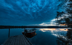 Lake Drögen (jarnasen) Tags: nikon d810 nikkor 1635mmf4 tripod longexposure le wide dusk evening night bluehour sky clouds light shadows boat jetty nordiclandscape landscape lake lakescape water reflections calm mood atmosphere nature östergötland outdoor geo geotag copyright järnåsen jarnasen sweden sverige kinda drögen rimforsa