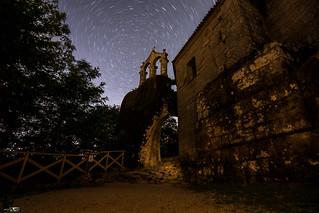 Campanario Noite Mosteiro San Pedro de Rocas