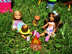Making smores (flores272) Tags: chelseadoll toydog campfire chelsea chelseaandfriends doll dolls toy toys outdoors