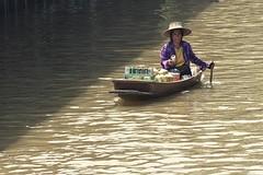 0501 Thai Beer Selection (Hrvoje Simich - gaZZda) Tags: people seller beer boat water river damnoensaduakfloatingmarket travel thailand nikon nikond750 nikkor283003556 gazzda hrvojesimich