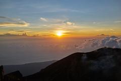 Sunrise at Gunung Agung (Vinchel) Tags: indonesia bali gunung agung volcano outdoor mountain trekking hiking landscape sony rx1m2