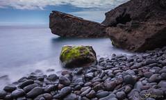 Callao y musgo (Fitosky) Tags: rocks sea nd1000 tokina1116f28 eos750d canon longexposure