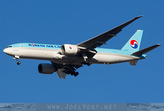HL8043 (Joel@BSL) Tags: boeing777 boeing 777 cargo korean koreanair koreanaircargo basel mulhouse euroairport bsl mlh eap