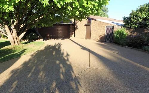 11 Jacaranda Drive, Lake Albert NSW